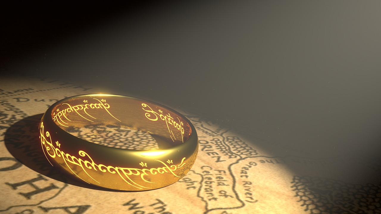 Sauron's ring of power. Image source: www.pixabay.com